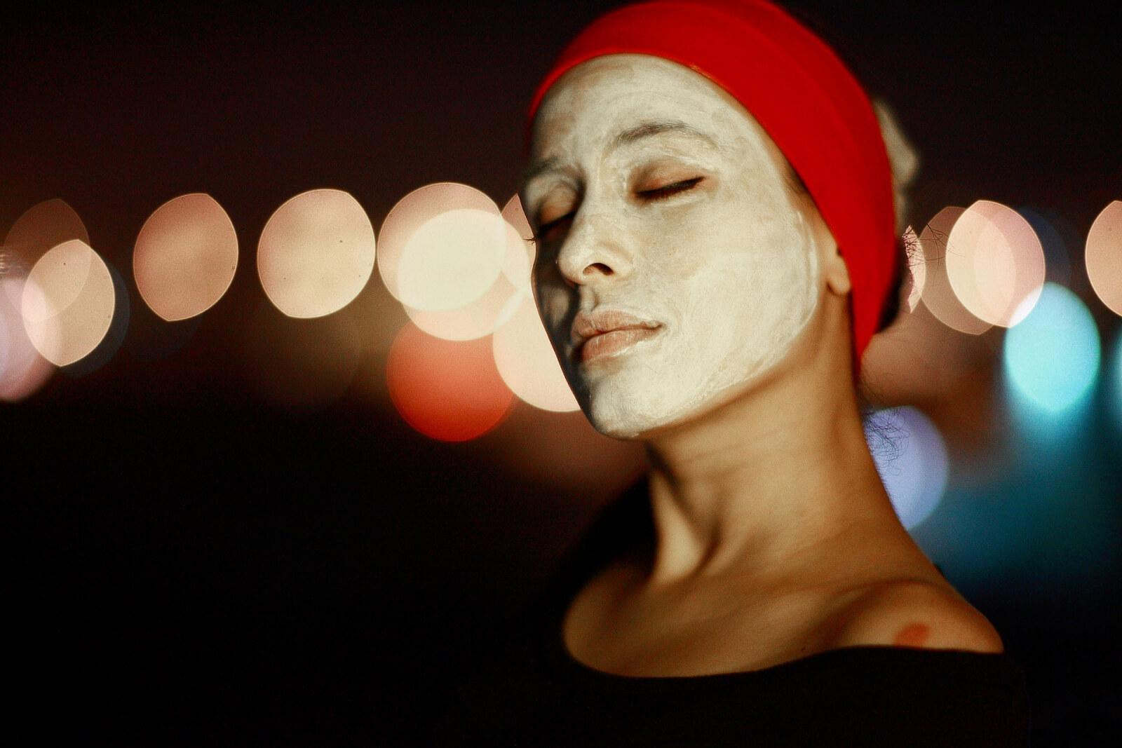 Guinot-Masque-Hydra-Beaute-abloomnova.net_-1600x1067 Benefits of using a face mask
