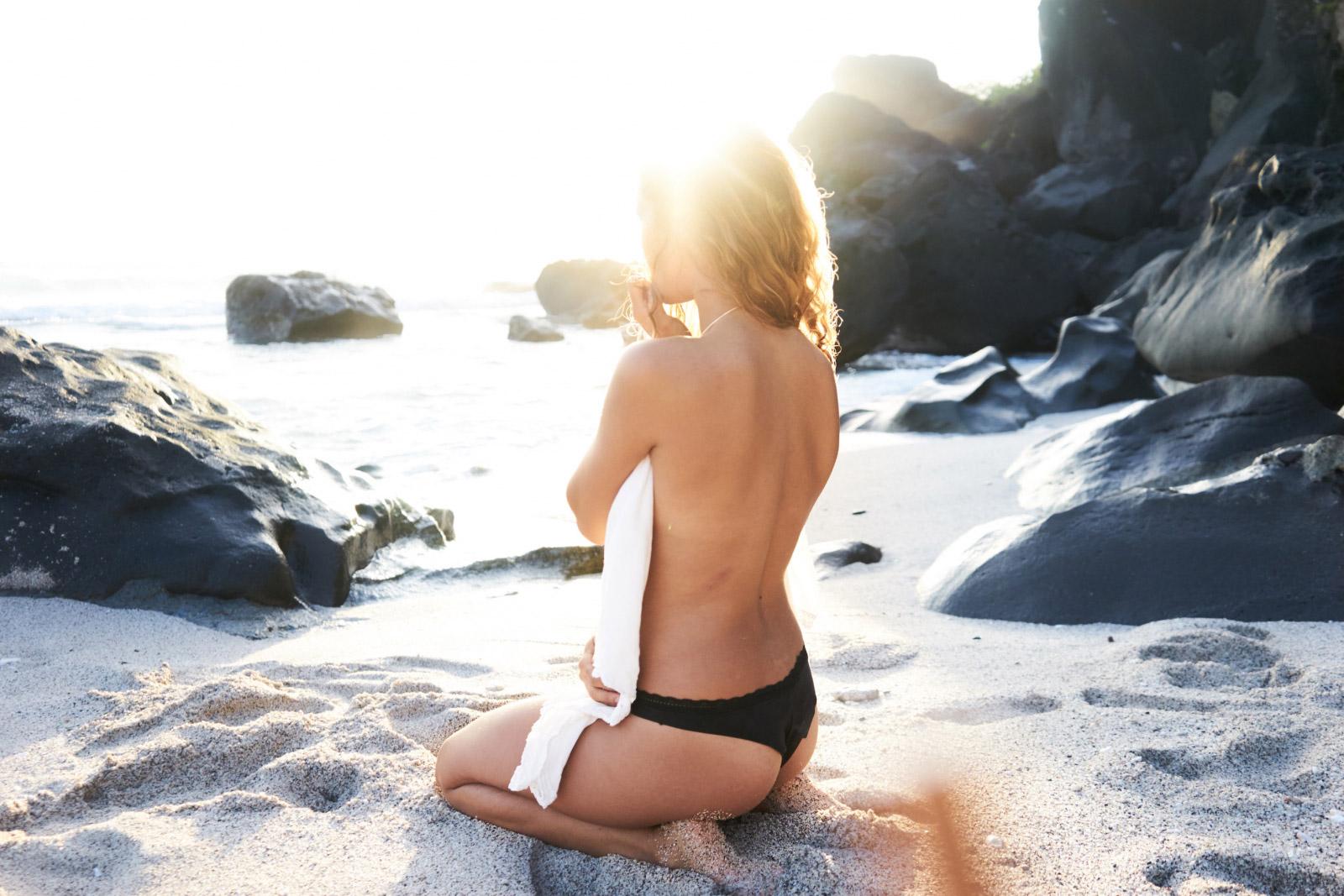 Thalgo-Bronzing-Activator-Lotion-Lait-Activateur-de-Bronzage-abloomnova.net_-1600x1067 Why do we love to tan?