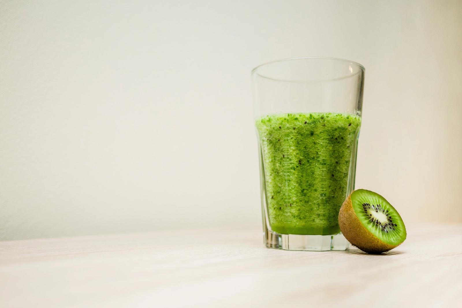 Darphin-Hydrating-Kiwi-Mask-Masque-Hydratant-au-Kiwi-abloomnova.net_-1600x1066 The wonderful skin benefits of the kiwi fruit
