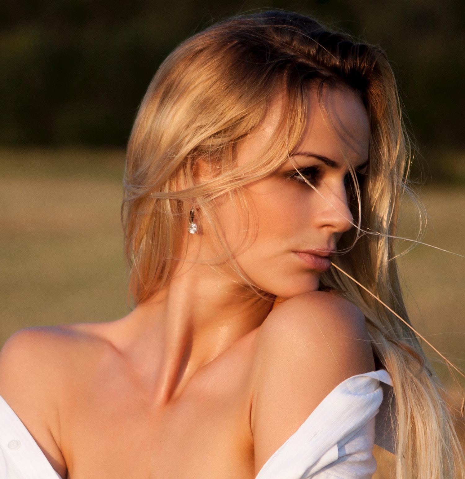 Babor-Skinovage-PX-Intensifier-Firming-Neck-Decollete-Cream-abloomnova.net_ Do you moisturise your chest?