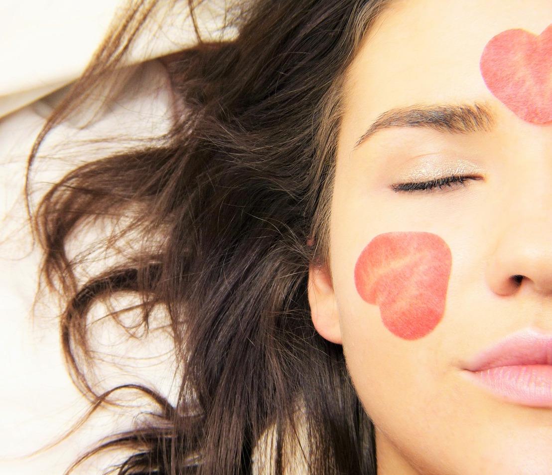 Babor-Skinovage-PX-Vita-Balance-Intense-Moisturizing-Mask-200ml-abloomnova.net_ How to apply a facemask
